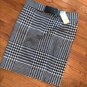 Michael Kors Houndstooth Pencil Skirt NWT